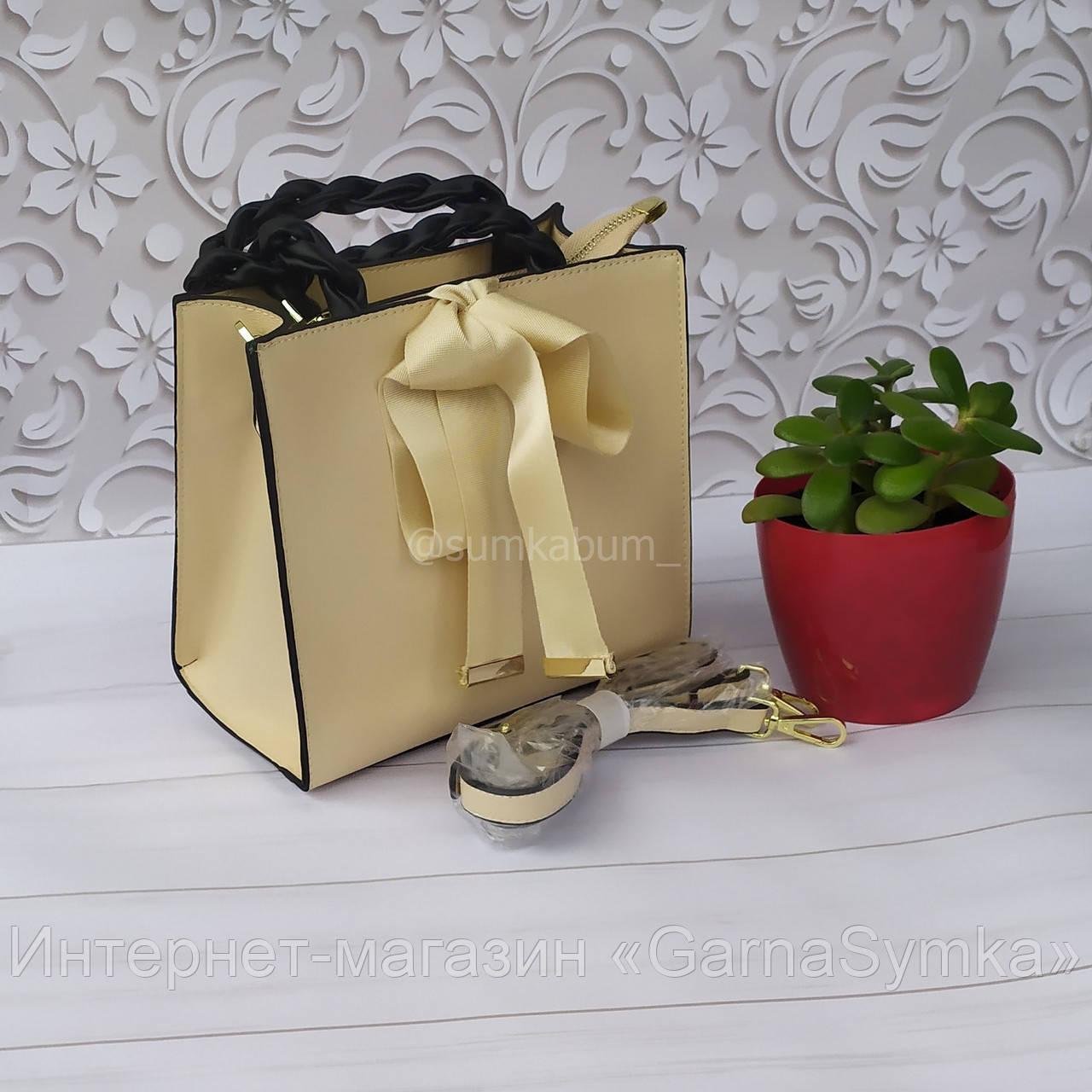 Красивая сумка из натуральной кожи с бантом