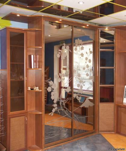 Шкаф радиусный для кабинета