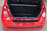 Пластиковая защитная накладка на задний бампер для Chevrolet Aveo T255 5dr хетчбек 2008+, фото 4