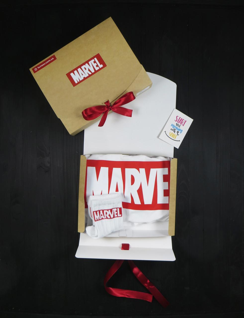 """Подарочный набор женский. Футболка с принтом """"Marvel"""", носки  с принтом """"Marvel"""""""