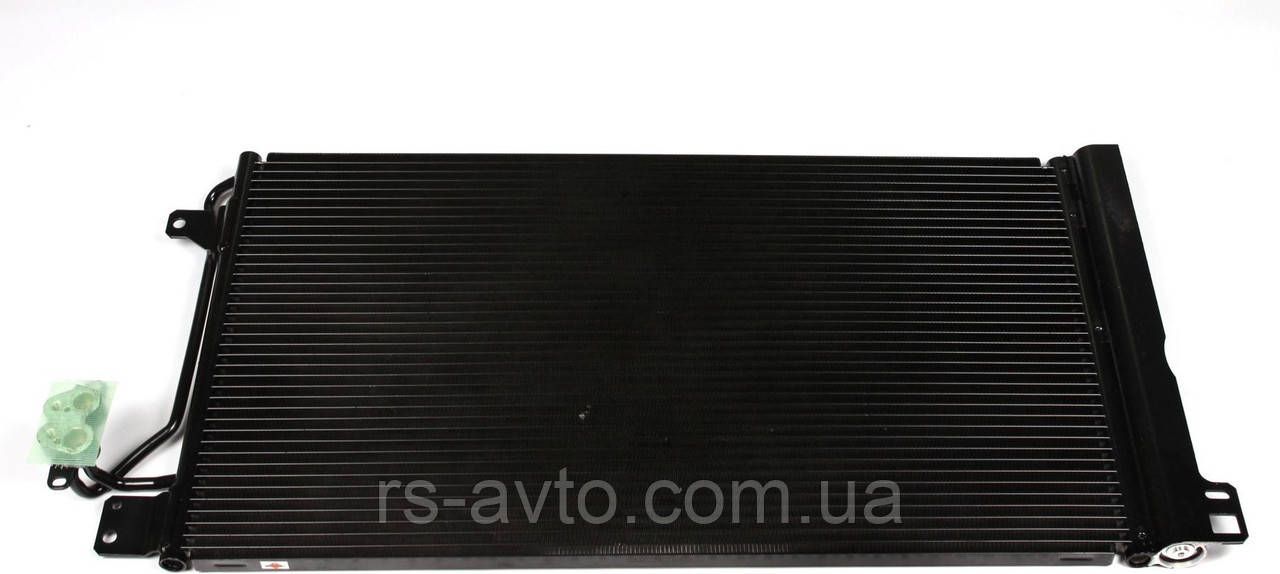 Радиатор кондиционера VW T5 03-