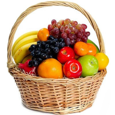 Корзина фруктовая подарочная поздравительная Микс с бананами виноградом яблоками апельсинами