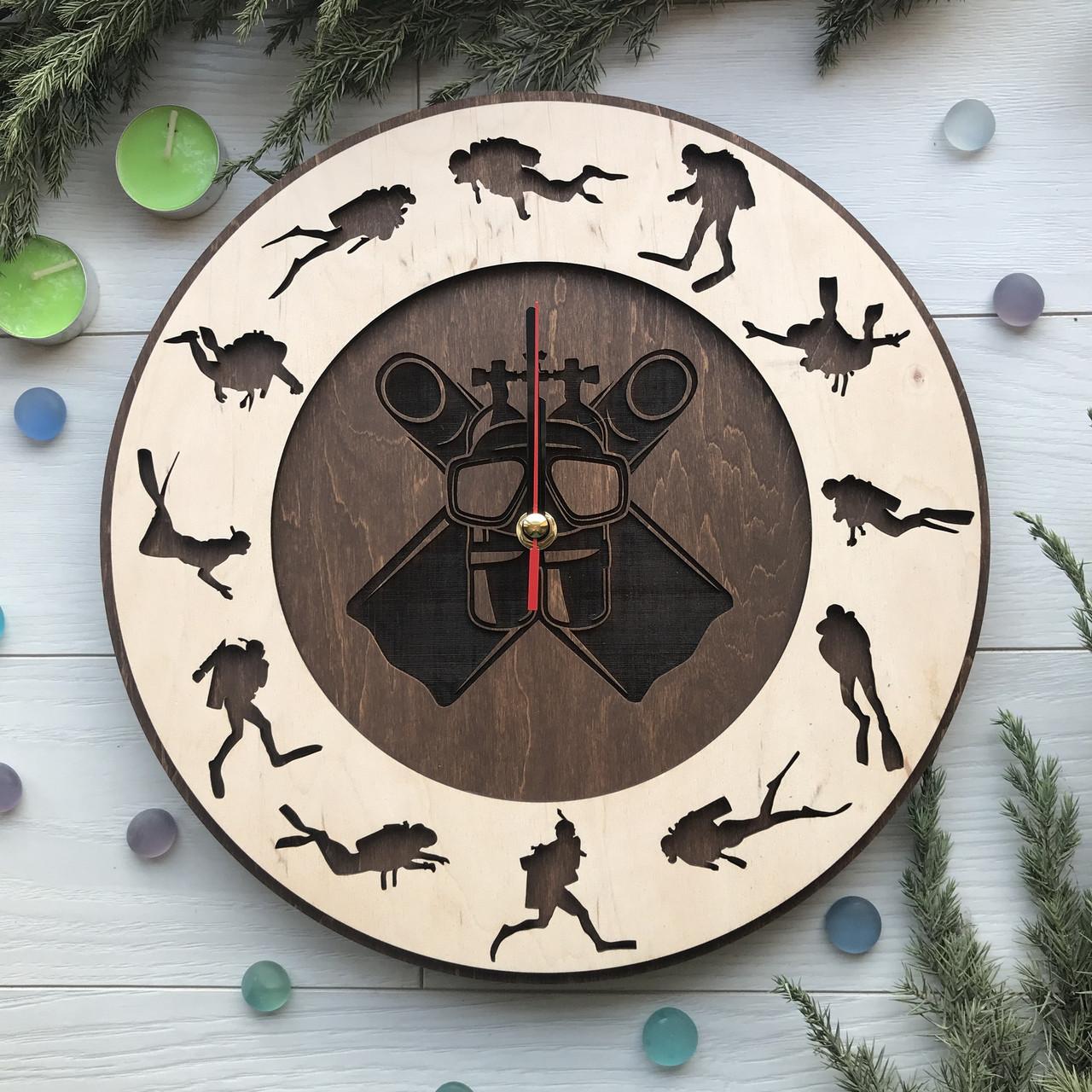 Необыкновенные дизайнерские часы на стену «Дайвинг»