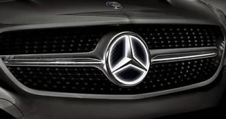 Емблема на решітку радіатора з підсвічуванням для Mercedes ML-class W166
