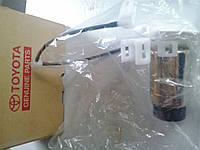 Топливный бензо насос на Lexus GX470 /  FJ CRUISER, 4RUNNER -  Toyota 23220-50130 (оригинальный номер), фото 1
