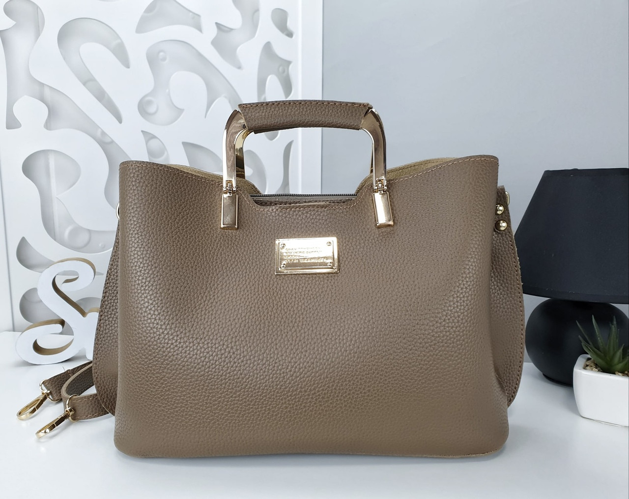 Женская сумка цвета мокко, эко-кожа структурная