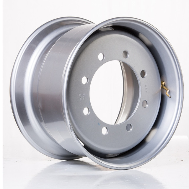 Вантажні колісні диски R19,5