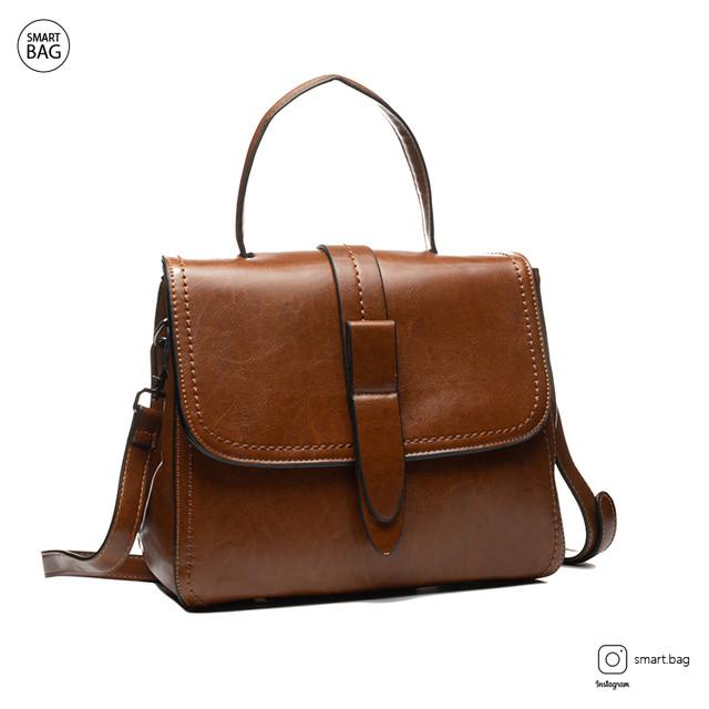 Классическая женская кожаная сумка на плечо   коричневая