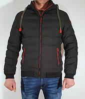 """Мужская стильная демисезонная куртка черная с красными вставками на манжете """"Beaz"""" 19327"""