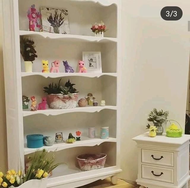 Етажерки,пенали для книжок та іграшок