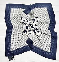 Шелковый платок Сильвия, горох, 90*90 см, молочный/индиго