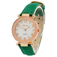 Часы Geneva золото кожзам зеленый