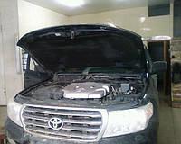 Лобовое стекло Toyota Land Cruiser J200 (Внедорожник)