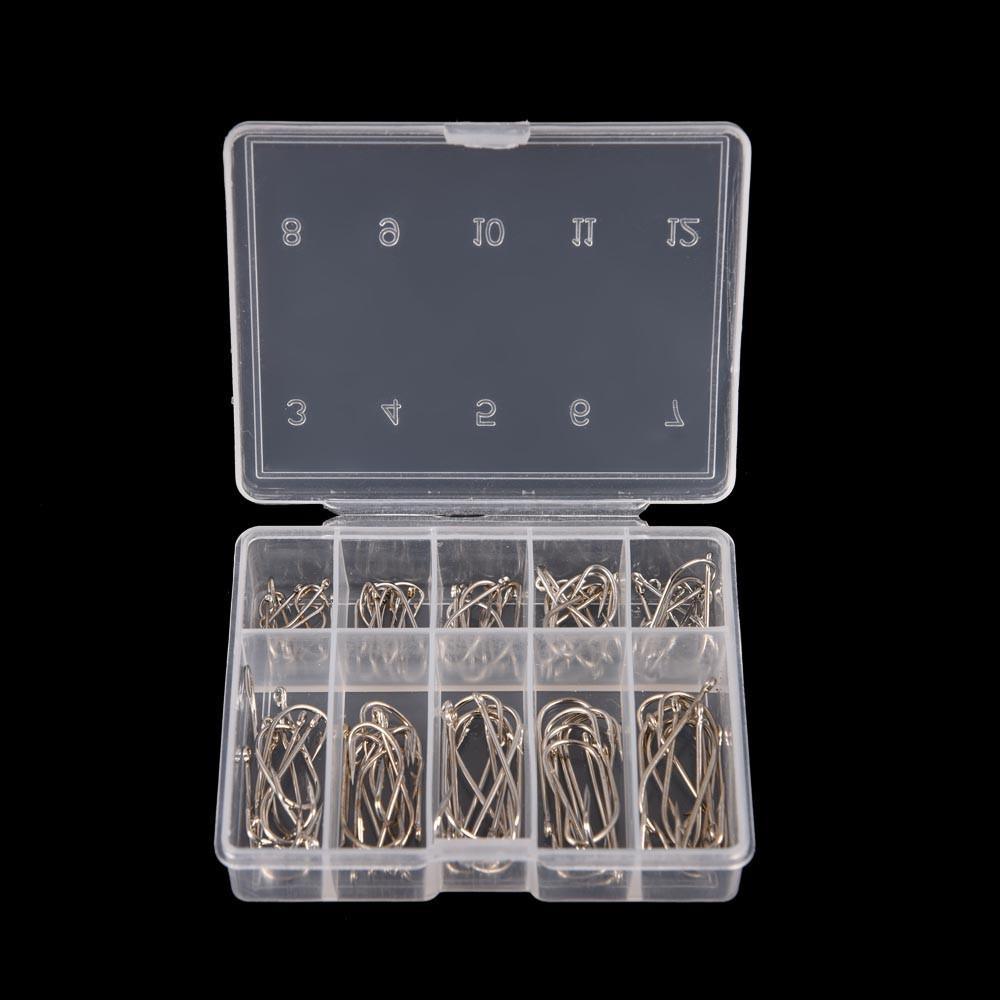 Набор крючков в коробке