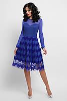 Нарядное платье с сеткой , приталенное