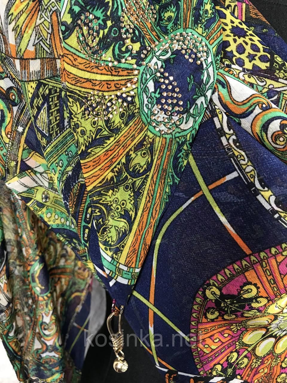 Люксовая шифоновая косынка темно-синего цвета с абстрактным принтом - купить на Kosinka.net