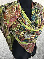 Модная шифоновая люксовая косынка салатового цвета с абстракцией, камнями и стразами (13)