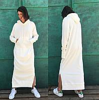 Зимнее платье макси с капюшоном из трёхнитки