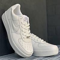 Чоловічі білі  кросівки Nike Air Force
