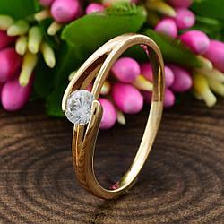 Кольцо Xuping 14219 размер 16 ширина 5 мм вес 1.5 г белые фианиты позолота 18К