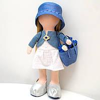 Мягкая кукла ручной работы Девочка в белом платье и голубом пиджаке