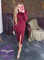Трикотажное платье до колен с разрезом спереди, фото 1