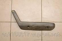 Ручка внутренняя двери передней левой б/у Mazda 626 GD 1987-1992 BF7069370C48