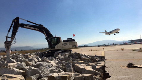 Будівництво нового аеропорту в Стамбулі за участю техніки Hidromek