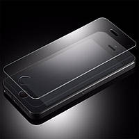 Переднее защитное стекло на iPhone 6, 6S .