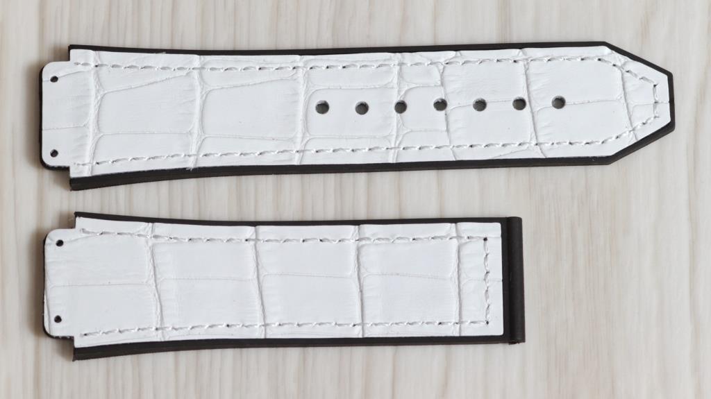 Ремешок для часов Hublot из натуральной кожи. Белого цвета, 26 мм