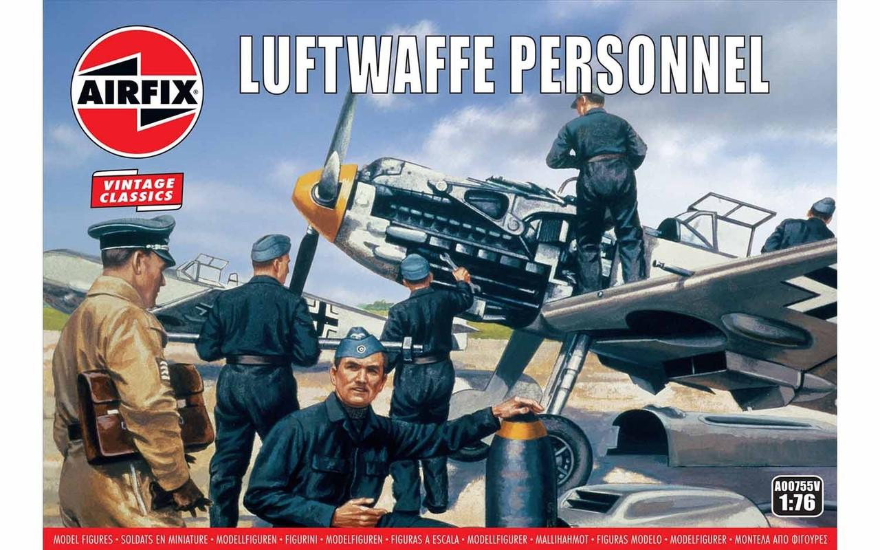 Обслуживающий персонал Люфтваффе. Пластиковые фигурки в масштабе 1/72. AIRFIX 00755