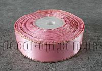 Лента атласная светло-розовая с люрексом  2,50 см 36 ярд