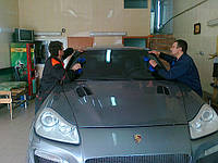 Лобовое стекло Porsche Cayenne (03-) (Внедорожник)