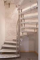 Современная винтовая лестница из мрамора