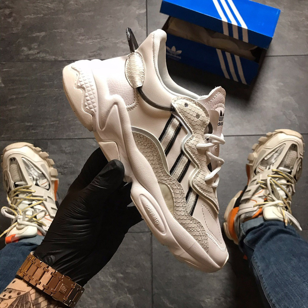 Кроссовки женские  Adidas Ozweego White Chameleon