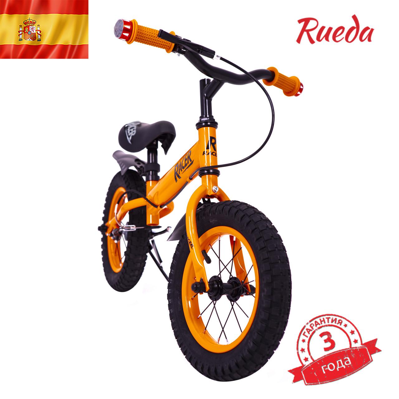 Іспанська дитячий Беговел Racer BA12-04