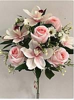 Букет искусственных цветов бутоны роз с ирисами 175/195 грн (цена за 1 шт +20 грн)