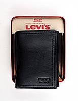 Бумажник мужской Levi's® / черная кожа / вертикальный 3-х складный компактный / Оригинал Levi's® из США