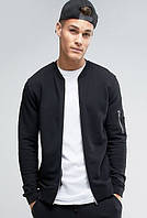 Черная мужская кофта-бомбер с кармашком на рукаве