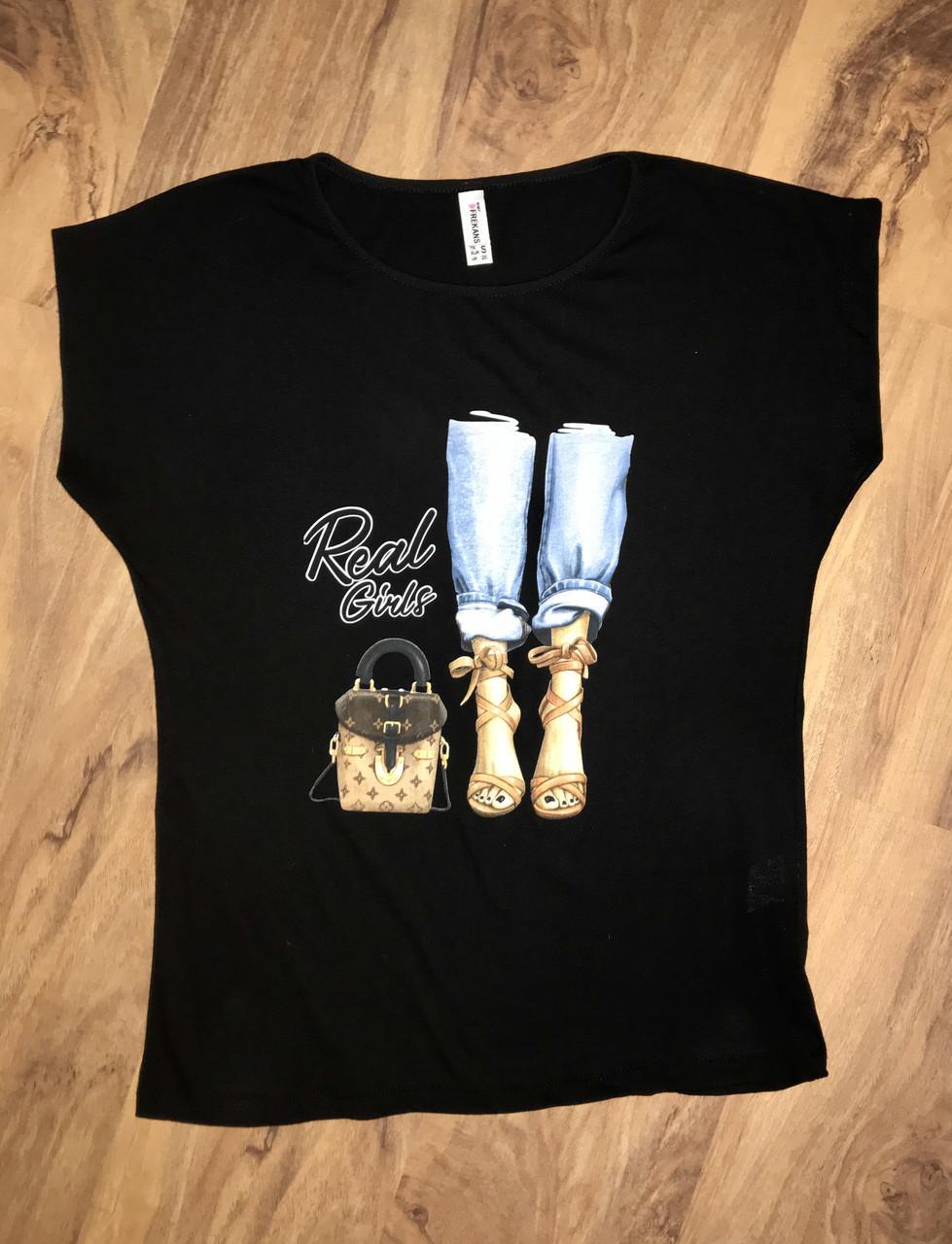 Женская футболка черная