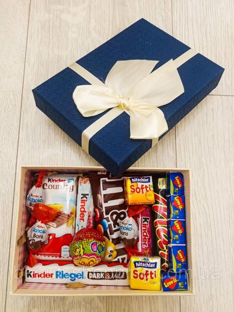 Подарочный набор сладостей в коробке Сладкий Сюрприз Любимой