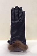 Перчатки женские кожаные с мехом норки черные