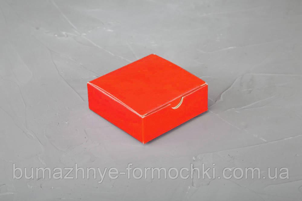 Коробочка для 4-х конфет ручной работы, красный, 83*83*30
