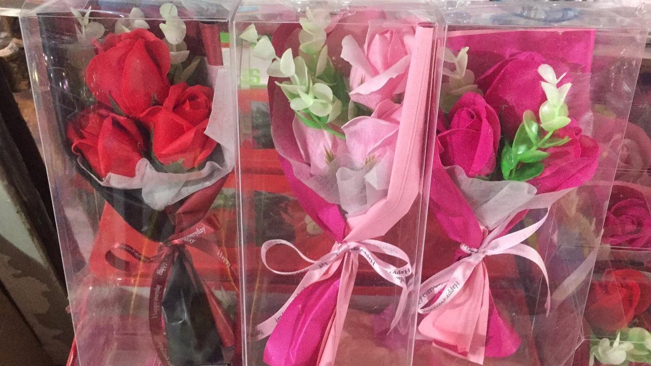 Только опт!!! Букет роз из мыла 3шт в подарочной прозрачной упаковке