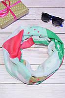 Зеленый шарф снуд из хлопка в абстракцию