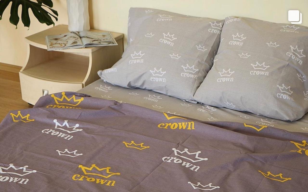 Семейный набор постельное белье бязь «Корона»