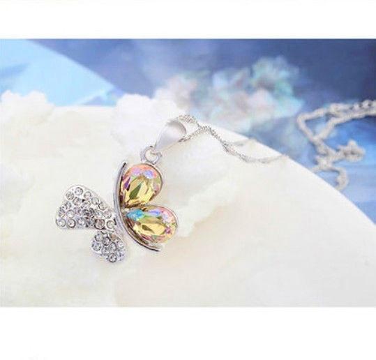 Яркий медальон кулон ожерелье подвеска QQ5 кулончик амулет оберег талисман украшение колье - бабочка с стразах