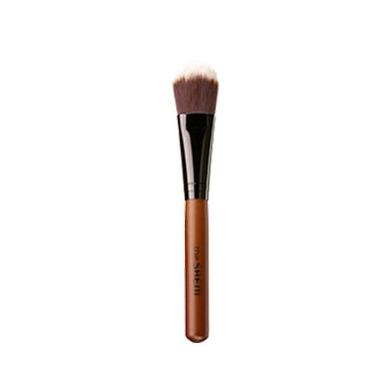Качественная удобная кисть для нанесения тональной основы на лицо The Saem Make-Up Brush 1 шт (8806164113219)