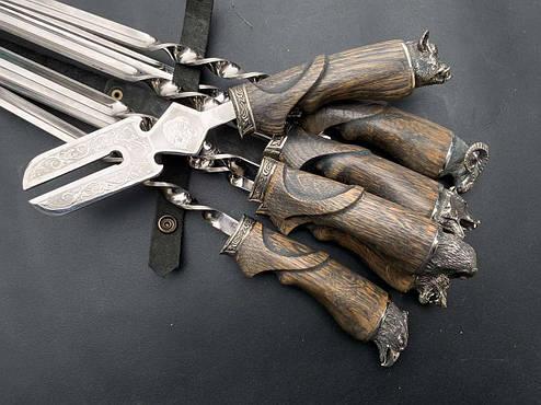 """Набір для пікніка у подарунок чоловікові """"Лісова казка"""" з вилкою для зняття м'яса, в шкіряному сагайдаку, фото 2"""