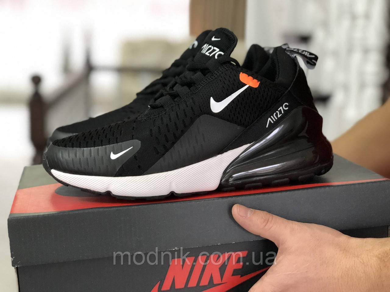 Мужские кроссовки Nike Air Max 270 (черно-белые)